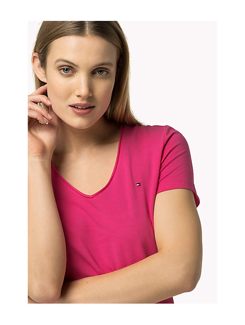 TOMMY HILFIGER Essential V-Neck Organic Cotton Top - MAGENTA - TOMMY HILFIGER Sustainable Evolution - main image