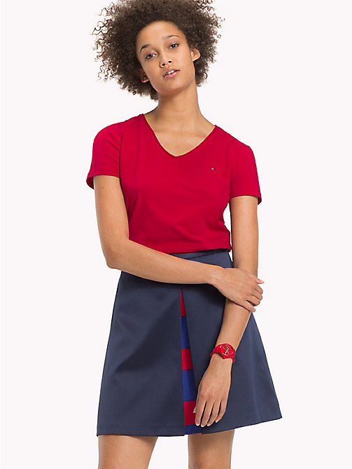 TOMMY HILFIGER Essential V-Neck Organic Cotton Top - CRIMSON - TOMMY HILFIGER Sustainable Evolution - main image