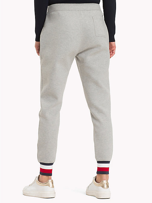 TOMMY HILFIGER Sweatpants met signature-tape - LIGHT GREY HTR - TOMMY HILFIGER Joggingbroeken - detail image 1