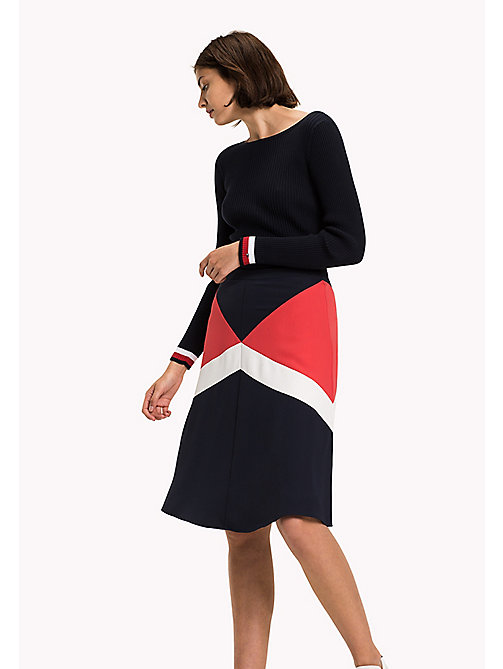 TOMMY HILFIGER Fitted Satin Skirt - MIDNIGHT / TRUE RED/ SNOW WHITE - TOMMY HILFIGER Dresses, Jumpsuits & Skirts - main image