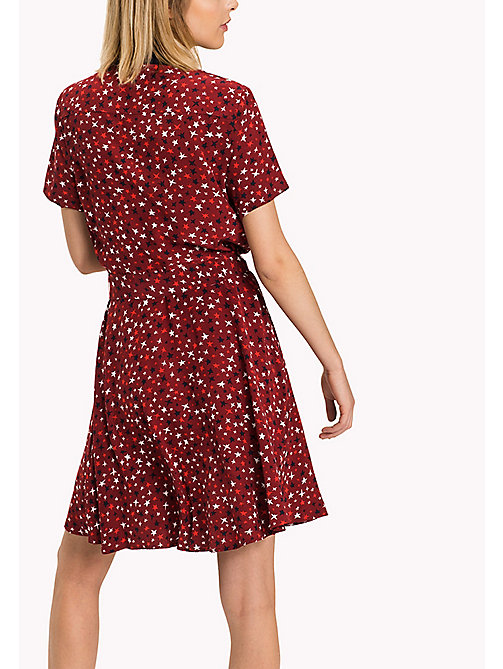 TOMMY HILFIGER Printed Short Sleeve Dress - KARIN STAR PRT MERLOT - TOMMY HILFIGER Dresses, Jumpsuits & Skirts - detail image 1