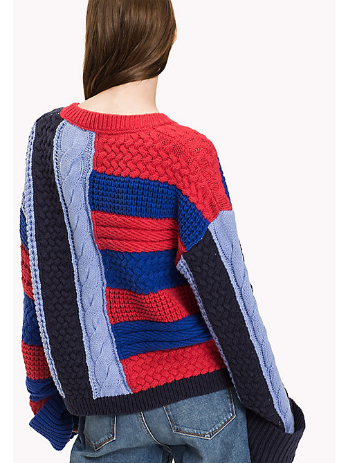 TOMMY HILFIGER Textured Cable Jumper - CRIMSON / PEACOAT/ SURF THE WEB / HYDRAN - TOMMY HILFIGER Knitwear - detail image 1