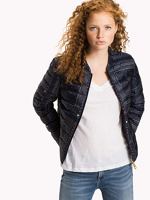 TOMMY HILFIGER Reversible Quilted Jacket - MIDNIGHT / BANDANA PRT - TOMMY HILFIGER Новинки - главное изображение