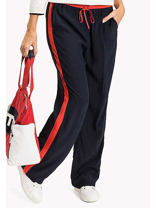 TOMMY HILFIGER Comfort Fit Trousers - MIDNIGHT / FLAME SCARLET -  Urlaubs-Styles - main image