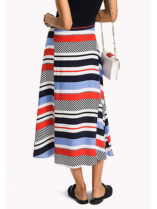 TOMMY HILFIGER Spódnica midi w kolorowe paski - SPEED PATCHWORK STP / BLACK BEAUTY - TOMMY HILFIGER Dresses & Skirts - detail image 1