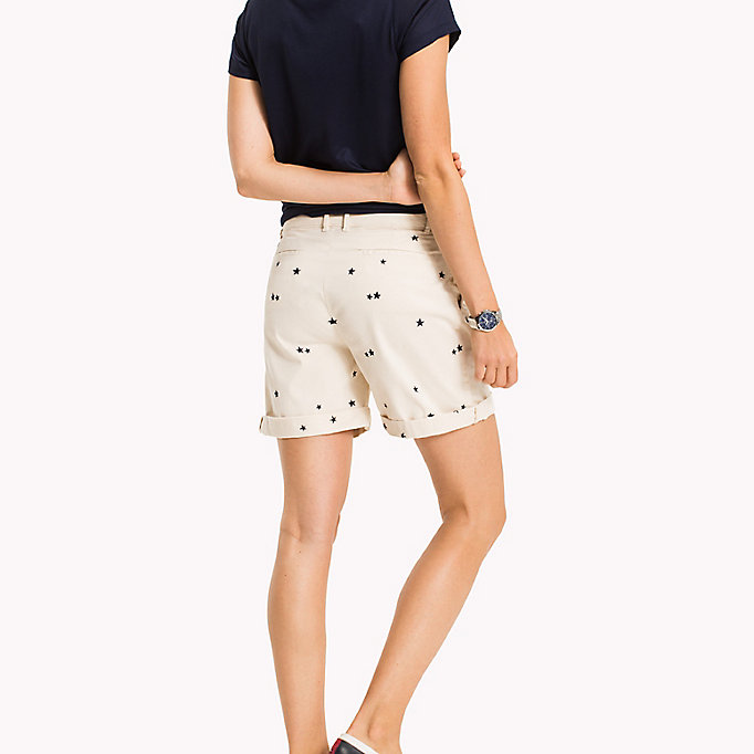 TOMMY HILFIGER Embroidered Regular Fit Shorts - KEENA STAR EMB EGRET / SUNSHINE - TOMMY HILFIGER Femmes - image détaillée 1