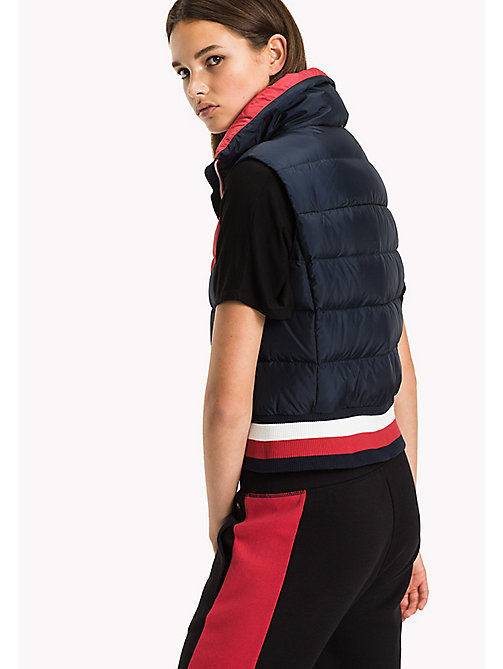 TOMMY HILFIGER Gilet in color block - MIDNIGHT/HAUTE RED/CLASSIC WHITE - TOMMY HILFIGER Athleisure - dettaglio immagine 1