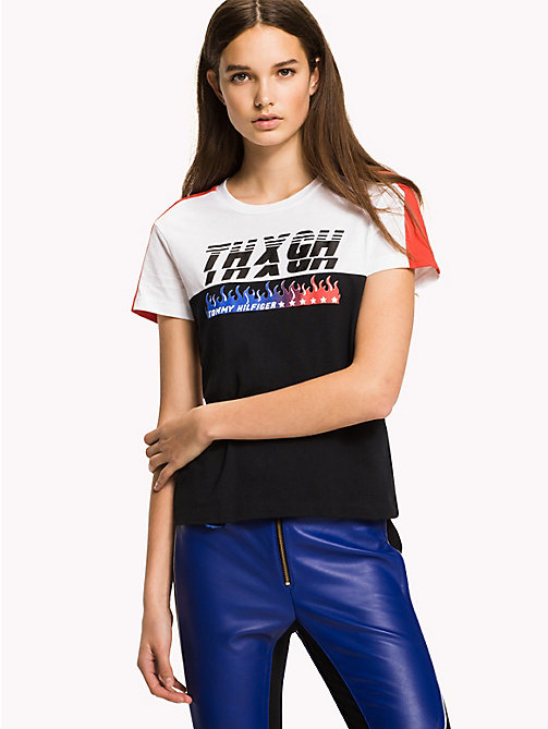 TOMMY HILFIGER Gigi Hadid Speed T-Shirt - BLACK BEAUTY / CLASSIC WHITE - TOMMY HILFIGER TOMMYXGIGI - main image