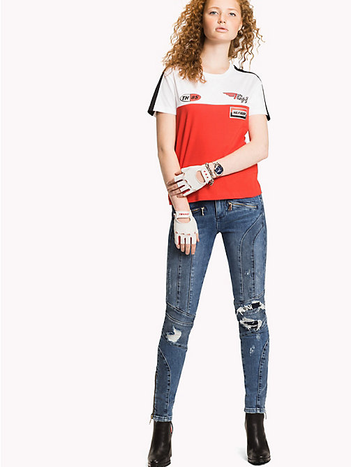 TOMMY HILFIGER T-shirt Speed Gigi Hadid - FLAME SCARLET / CLASSIC WHITE - TOMMY HILFIGER TOMMYXGIGI - image principale