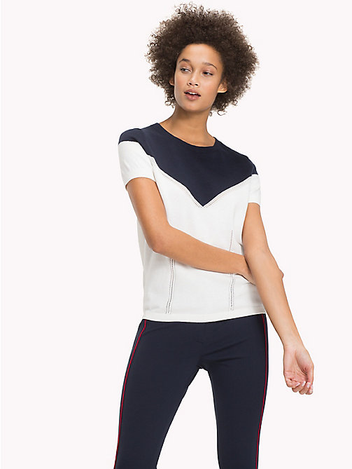 TOMMY HILFIGER T-Shirt mit Hohlsaum - SNOW WHITE / MIDNIGHT - TOMMY HILFIGER Sustainable Evolution - main image