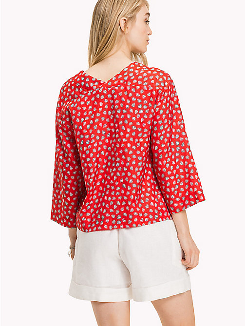 TOMMY HILFIGER Classic V-Neck Loose Blouse - MINI LEAF PRT / FIESTA - TOMMY HILFIGER Clothing - detail image 1