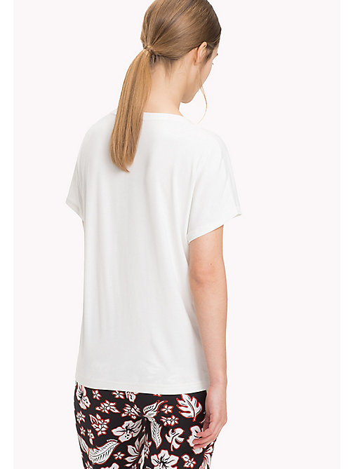 TOMMY HILFIGER DRASER SCOOP-NK TOP SS - SNOW WHITE - TOMMY HILFIGER Футболки - подробное изображение 1