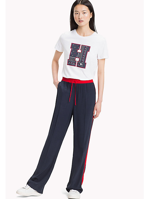 TOMMY HILFIGER Logo T-shirt met ronde hals - CLASSIC WHITE - TOMMY HILFIGER T-shirts - main image