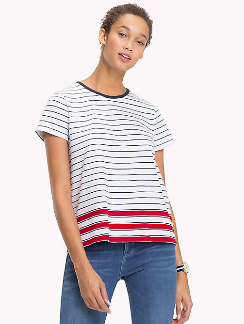 TOMMY HILFIGER T-shirt met all-overstreep - CL. WHITE / MIDNIGHT / POMPEIAN RED STP - TOMMY HILFIGER VAKANTIE VOOR HAAR - main image