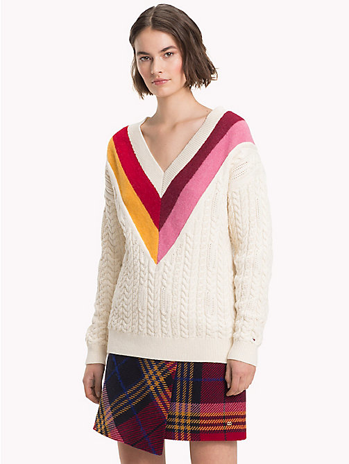 TOMMY HILFIGER Colour-Blocked V-Neck Jumper - SNOW WHITE - TOMMY HILFIGER Winter Warmers - main image