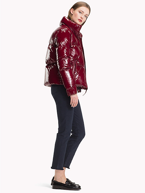 TOMMY HILFIGER High Gloss Down Jacket - CABERNET - TOMMY HILFIGER Sustainable Evolution - detail image 1
