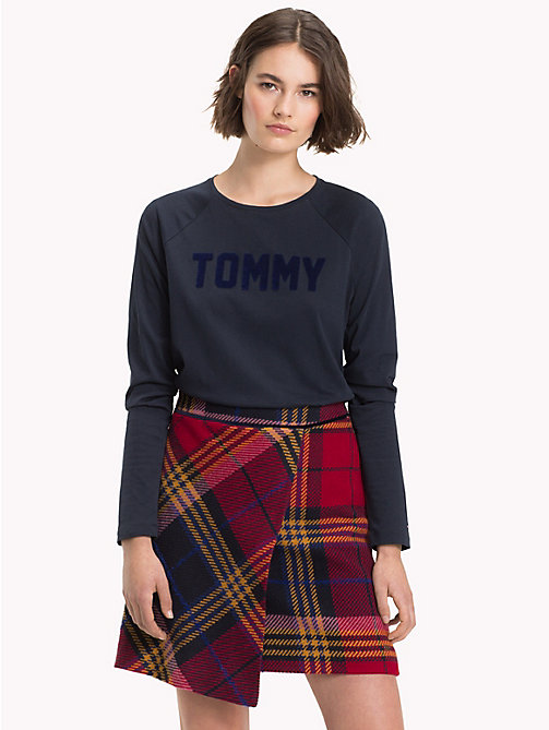 TOMMY HILFIGER Textured Logo Long Sleeve T-Shirt - MIDNIGHT / MIDNIGHT - TOMMY HILFIGER NEW IN - main image