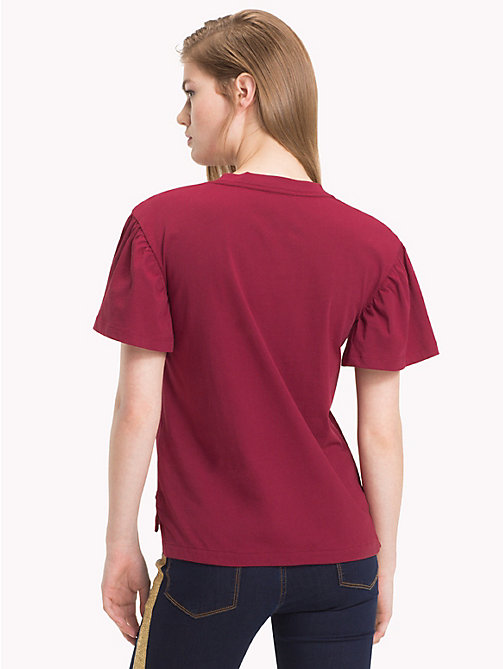 TOMMY HILFIGER Tommy Icons T-shirt met ruches - CABERNET - TOMMY HILFIGER TOMMY ICONS - detail image 1