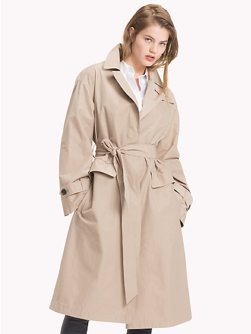 TOMMY HILFIGER Tommy Icons Organic Cotton Trench - CLASSIC CAMEL - TOMMY HILFIGER TOMMY NOW WOMEN - main image