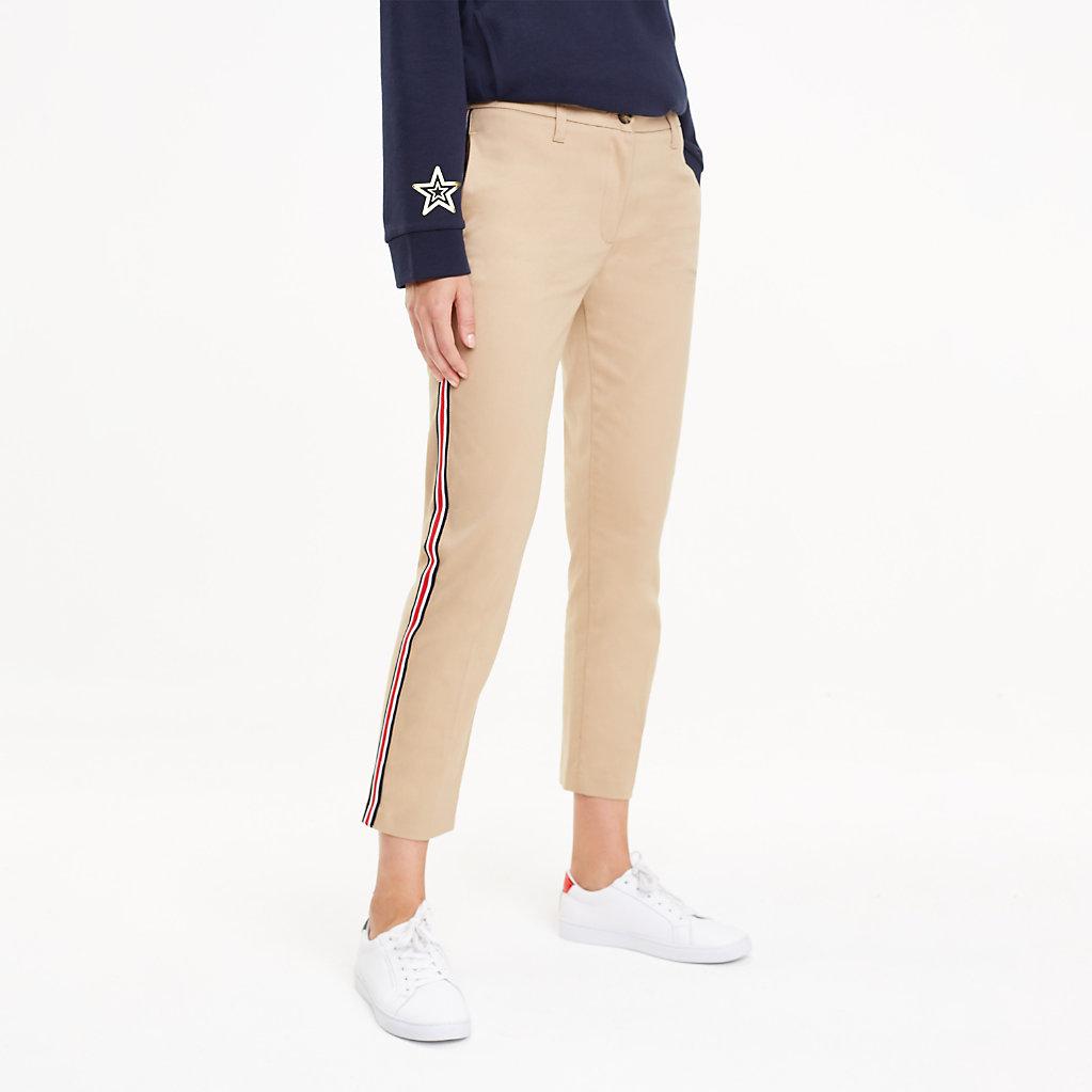 Tommy Hilfiger - Pantalón chino con cinta distintiva - 1