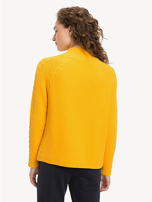 TOMMY HILFIGER Trui met kabelgebreid detail - SUNSHINE YELLOW SUNSHINE YELLOW - TOMMY HILFIGER Truien - detail image 1
