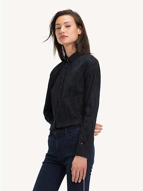 TOMMY HILFIGER Signature Logo Slim Fit Shirt - SCATTER STAR FLOCK / BLACK BEAUTY -  Sustainable Evolution - main image