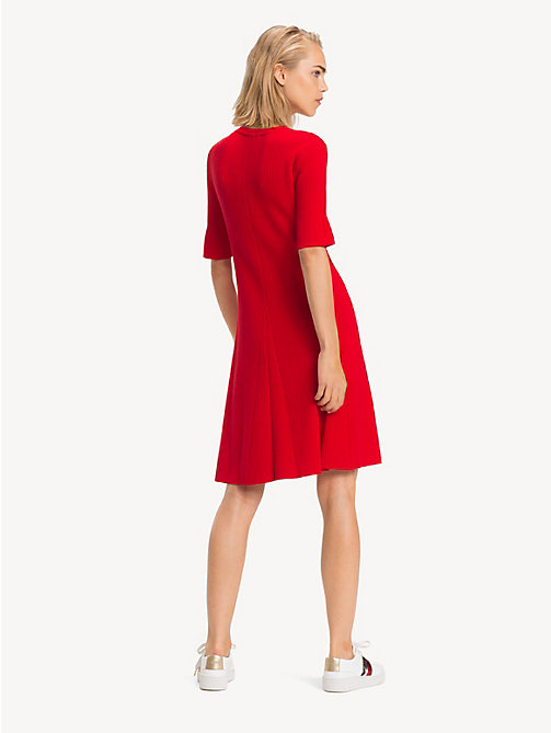 TOMMY HILFIGER Bio-Baumwoll-Minikleid mit Trompetenärmeln - TRUE RED - TOMMY HILFIGER Sustainable Evolution - main image 1