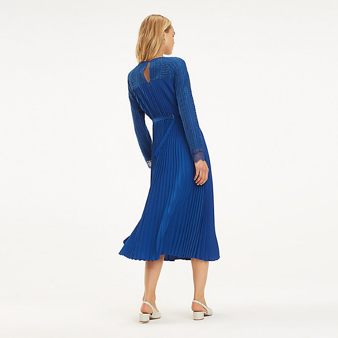 Scallop Lace Trim Pleated Dress