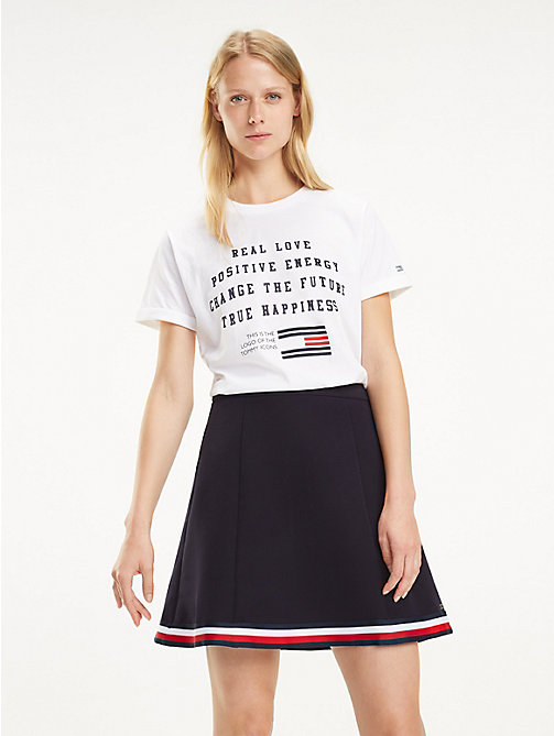 TOMMY HILFIGER Flag Logo T-Shirt - CLASSIC WHITE / REAL LOVE - TOMMY HILFIGER T-Shirts - main image
