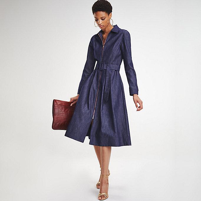 3ba00ebb012 zendaya-tailored-denim-dress by tommy-hilfiger