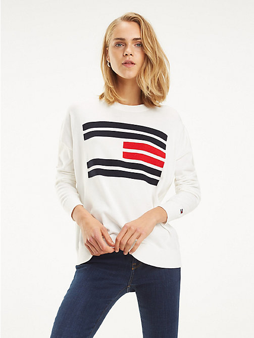 TOMMY HILFIGER Essential Flag Design Jumper - SNOW WHITE - TOMMY HILFIGER Sustainable Evolution - main image