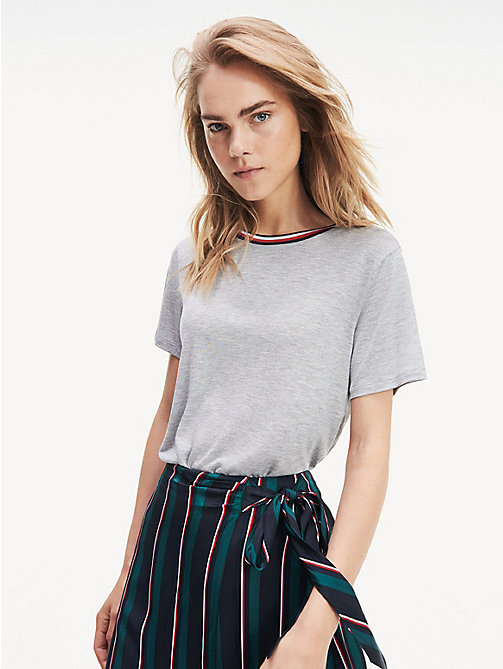 20505b0442 t-shirt essential con collo iconico grey da donna tommy hilfiger