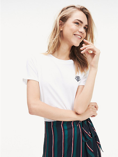 ee94fc6c white essential thc monogram cotton t-shirt for women tommy hilfiger