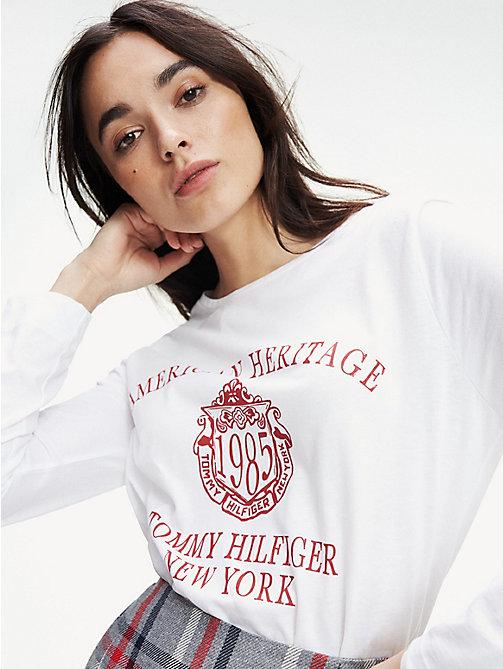 Clean Tommy Flag Logo T Shirt Mc Femme TOMMY HILFIGER GRIS
